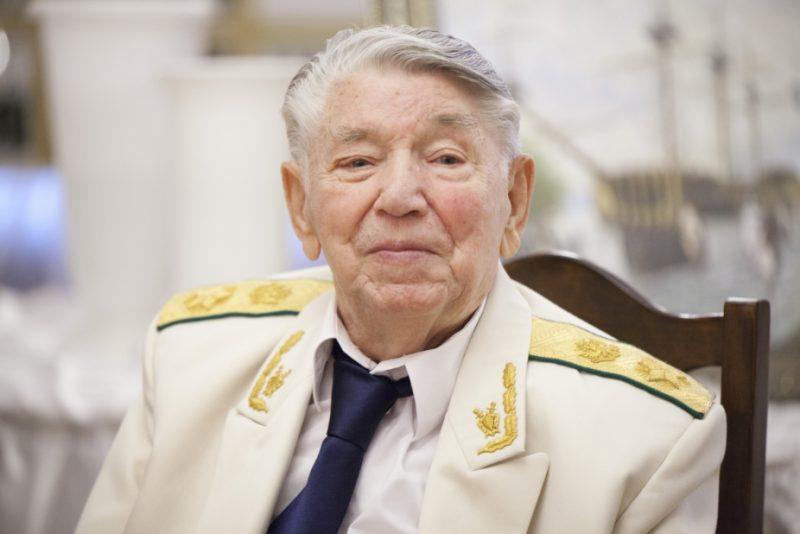 Умер Сухарев Александр Яковлевич